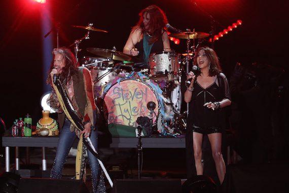 Martina McBride performs with Steven Tyler during CMA Music Festival. Photo: Donn Jones/CMA