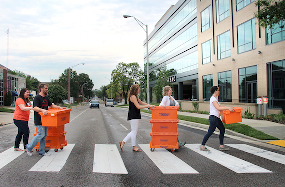 CMA staff members on Wednesday, July 20, 2016 begin moving to new Music Row offices at 35 Music Square East, Suite 201, in Nashville. Photo: Christian Bottorff / CMA