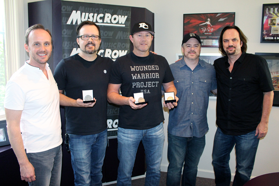 Pictured (L-R): XX, Deric Ruttan, Ben Hayslip, Ben Vaughn, and MusicRow owner/publisher Sherod Robertson