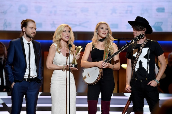 Cal Campbell, Kimberly Campbell, Ashley Campbell, and Shannon Campbell. Photo by John Shearer/Getty Images for ACM