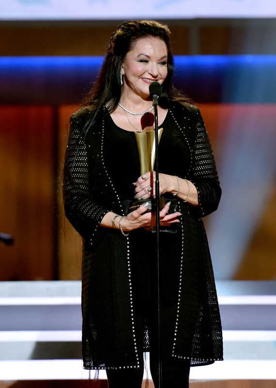 Crystal Gayle receives an award onstage during the 10th Annual ACM Honors at the Ryman Auditorium on August 30, 2016 in Nashville, Tennessee. (Photo by John Shearer/Getty Images for ACM)