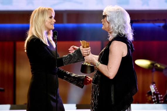 NASHVILLE, TN - AUGUST 30: Emmylou Harris (R) presents Miranda Lambert (L) with an award onstage during the 10th Annual ACM Honors at the Ryman Auditorium on August 30, 2016 in Nashville, Tennessee. (Photo by John Shearer/Getty Images for ACM)