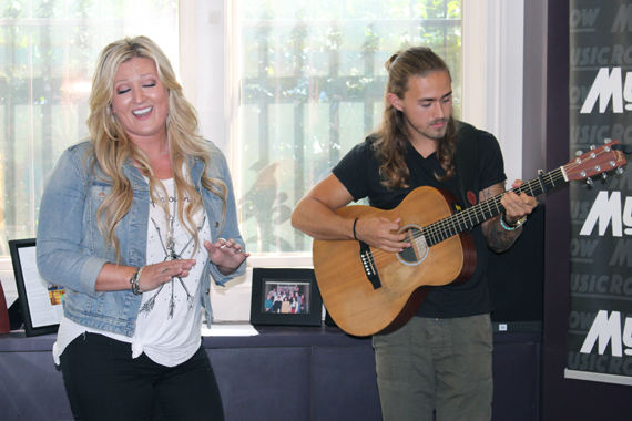 Erica Nicole performs for MusicRow staffers. Photo: Molly Hannula