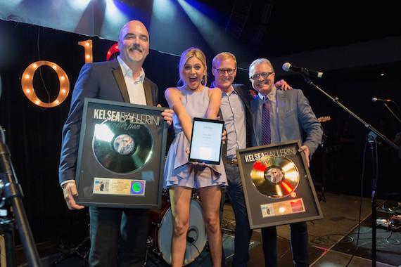 ole Chairman and CEO Robert Ott presents plaque and ole No. 1 iPad to artist Kelsea Ballerini, with John Ozier (ole, VP Creative) and Gilles Godard (ole, VP, Corporate Affairs and Development)
