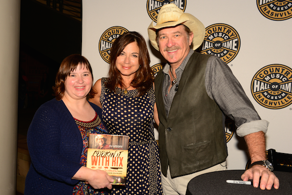 Pictured (L-R): Country Music Hall of Fame and Museum's Colette Huff, Donna Britt, Kix Brooks (photo: Beth Gywnn)