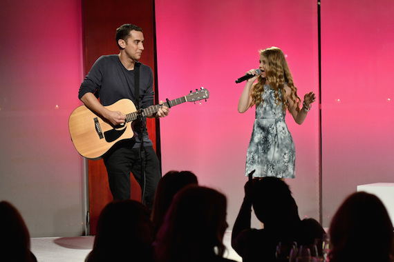 Pictured: Joey Gandolfo and Tegan Marie perform on stage at The Girls' Lounge dinner. Photo: Slaven Vlasic/Getty Images for The Girls' Lounge