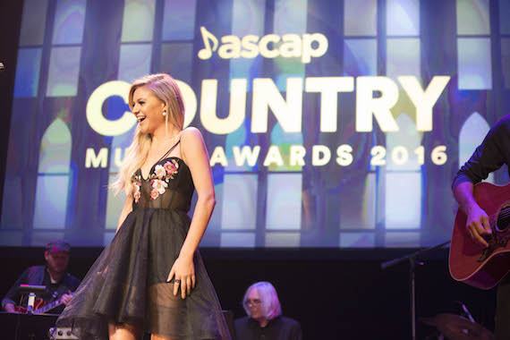"""Kelsea Ballerini opens the ASCAP Country Music Awards with """"Love Me Like You Mean It"""""""