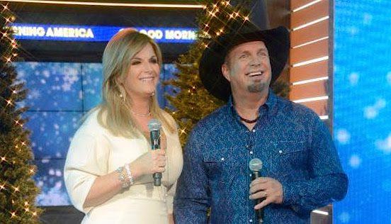Garth Brooks and Trisha Yearwood perform on Good Morning Åmerica