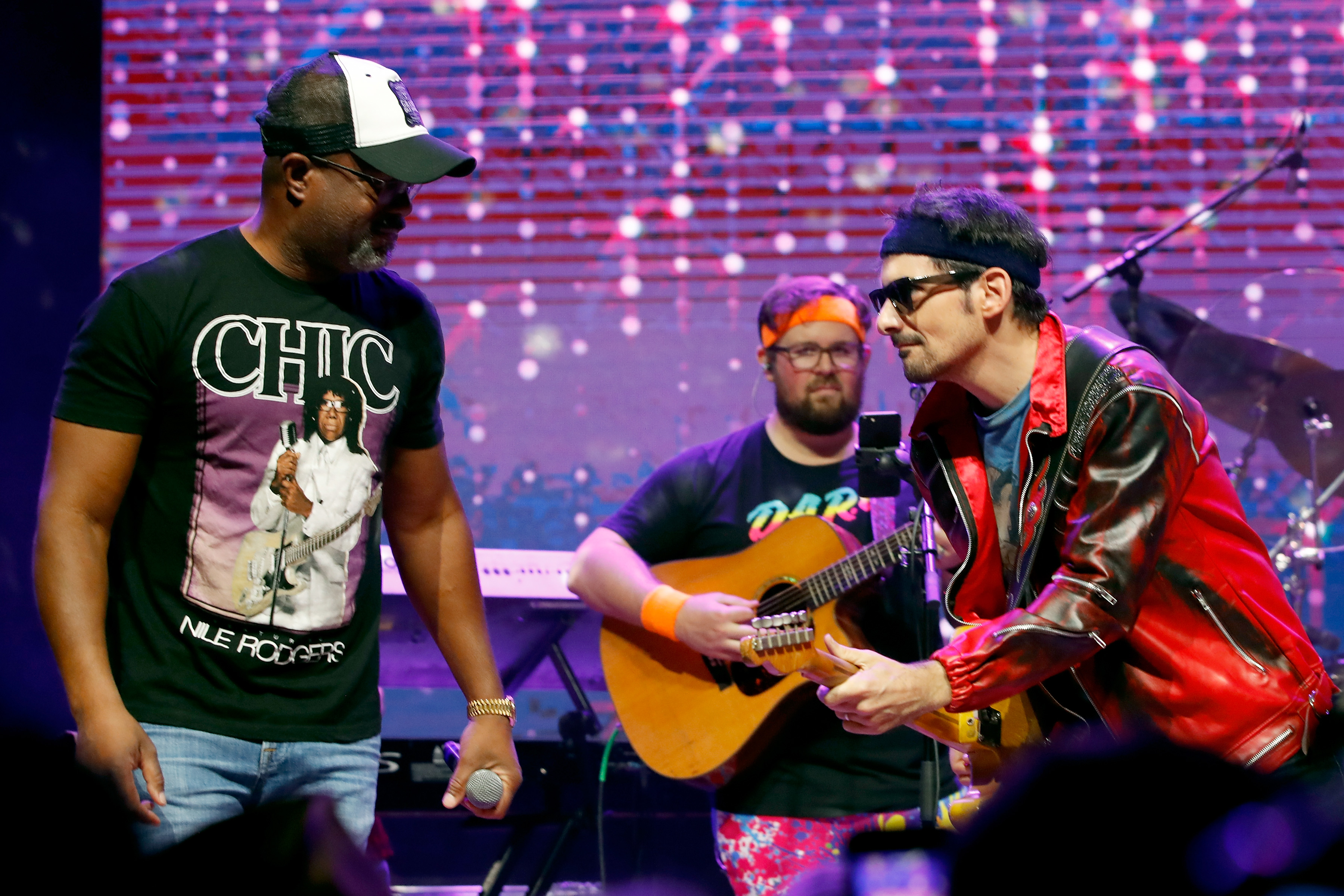d20397f7f Singer-songwriters Darius Rucker (L) and Brad Paisley perform onstage  during Nashville '80s Dance Party benefiting The Alzheimer's Association at  Wild Horse ...
