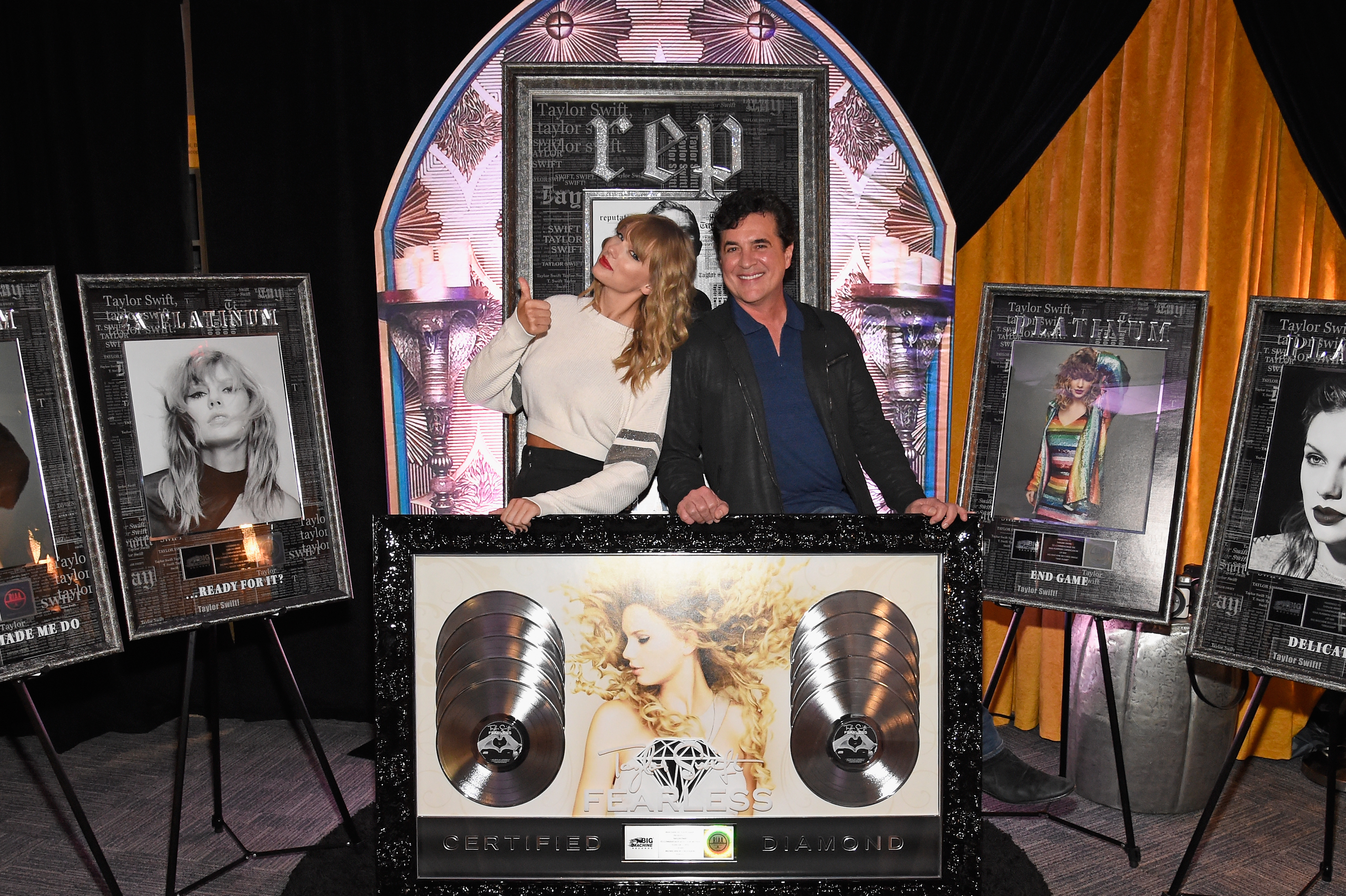 Taylor Swift Celebrates Big Riaa Certifications Including A Diamond