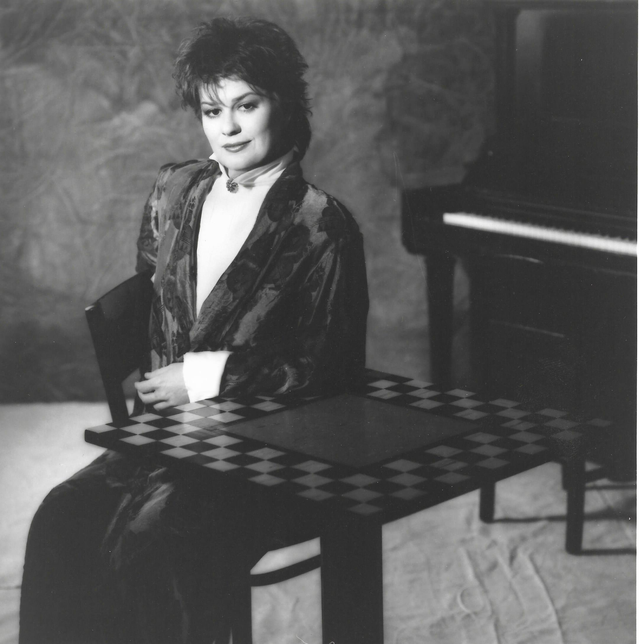K.T. Oslin, country singer of '80's Ladies,' dies at 78
