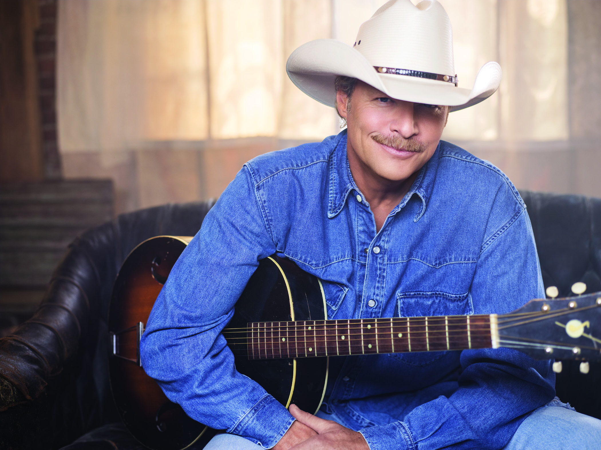 Alan Jackson Set For Grand Ole Opry Show At Big Machine Music City Grand Prix